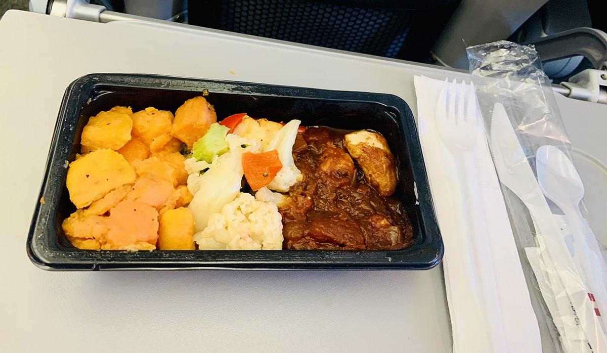 Almuerzo en el avión